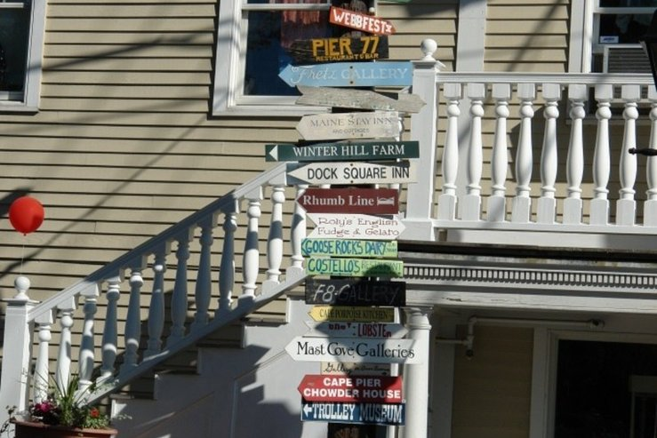 The kennebunkport inn signs hpg