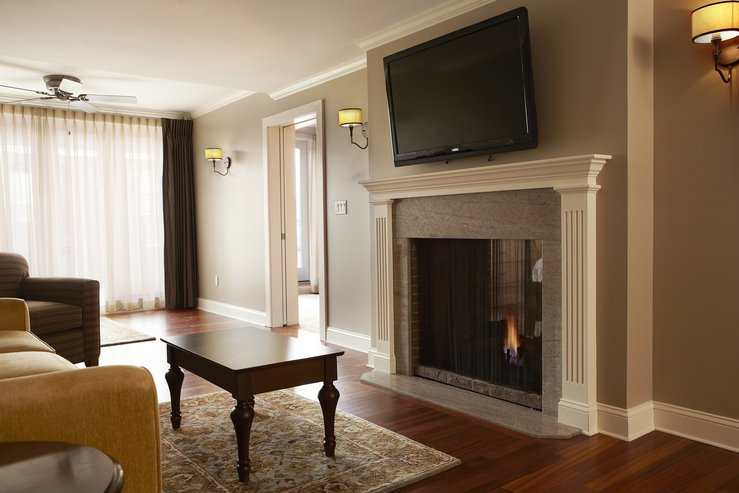 The portland regency hotel and spa govenor suite living room hpg