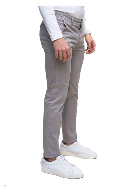 Pantaloni chino tasca america GIAN MARCO VENTURI | 9 | CONRADGRIGIO