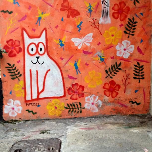 Gatinha manhosa. #artederua #grafite #arteurbana #copacabana #riodejaneiro