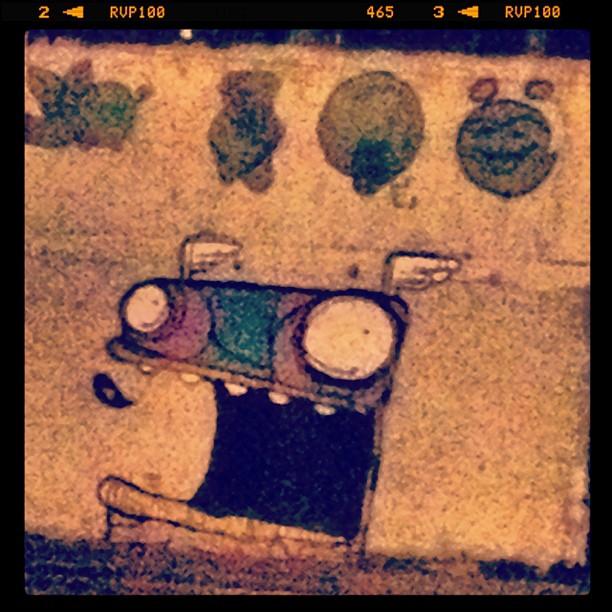 Parece molde!!! Amei a boca gigante! #grafite #murosdorio #rioeuteamo