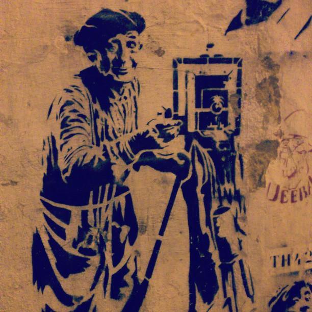 #art #wall #street #oldman #camera #graffiti