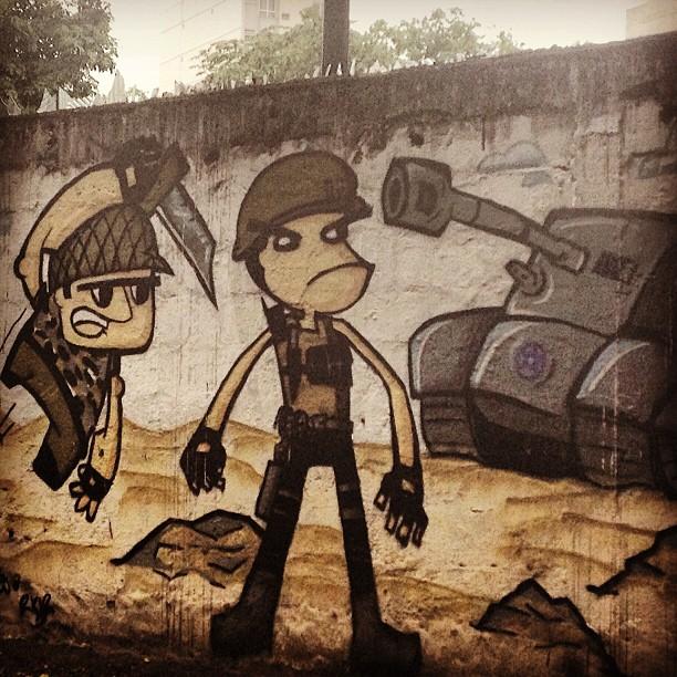 É guerra! #grafite #murosdorio