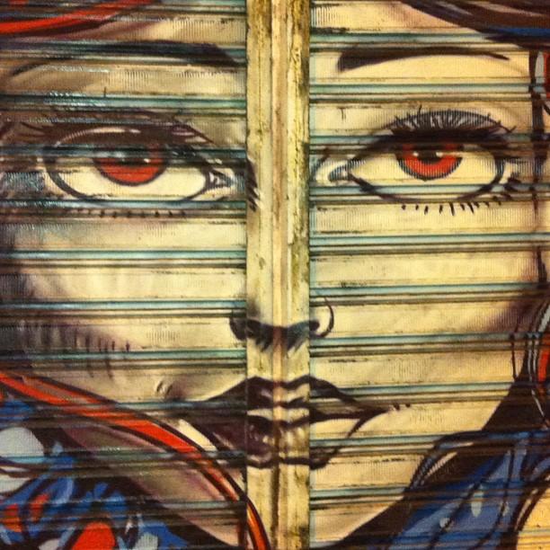 Eu  grafite! #grafite #graffiti #grafitando #grafitaria #grafiteiro #grafiteiros #graffitiart #graffitilovers #art #arte #artederua #arturbain #cool #crew #fleshbeckcrew #movimentohiphop #urbanart #arteurbana #mentone #spot #spray #sprayart #streetart #stickerart #streetartrio #riodejaneiro #errejota #021