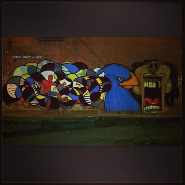 #StreetArtRio artistas: Rozario, Bandeira, Vh e Garvey