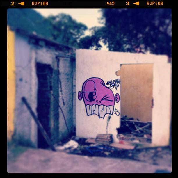 #graffiti #graffitiart #urbanart #streetart #instagraffiti #stencil #montanacolors #montana94 #spray #montanacans #sprayart #artederua #arteurbana #stencilart #throwup #graffito #stickerart #publicart #pixo #spraycan #graffitiwall #stickerslap #graffgirls #design #desenho #ilustration #ironlak #cartoon