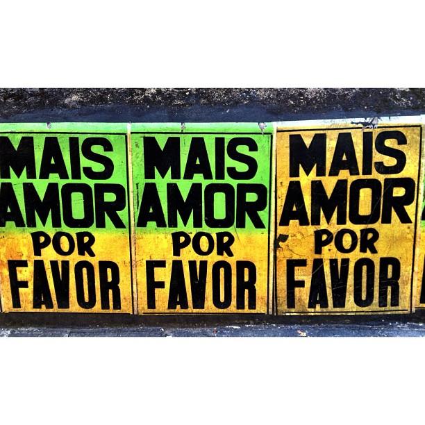 mais. e sempre.    #maisamorporfavor #urbanart #art #streetart #streetartrio #santateresa #riodejaneiro