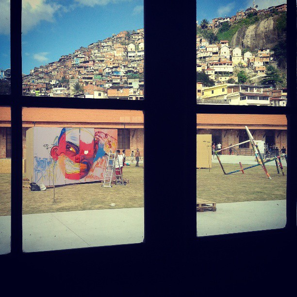 @festivalartrua #artrua #vistafunky #kovokcrew #instagrafite #streetartrio #graffiti @rena_machado
