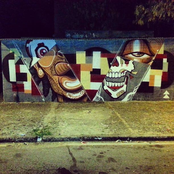 @streetartrio #streetartrio pintura com os irmãos Bandeira e Menega.
