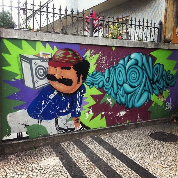 Alguém pode dizer quem e o artista? #streetartrio #artederua #arteurbana #riodejaneiro #tijuca #condebonfim #2010
