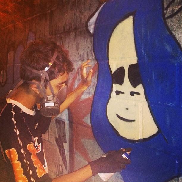 Azul imperial bonito bonito ! #mtn94 #mtn #graffit #streetart #streetartrio #arterua #urbano #doug #graffitrio #estacio #persona #rj #brasil #crvg