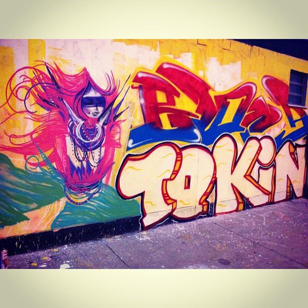 Pac Maguinhos com @toquinho @blopagraffiti #graff #grafite #spam #pac #favela #art #artrj #streetart #índias #collors #streetartrio #persona #graffitirio
