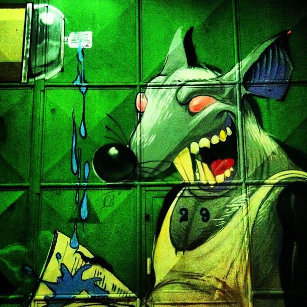 Ratão boladão pelo artista Meton Joffily de Alencar. #streetartrio