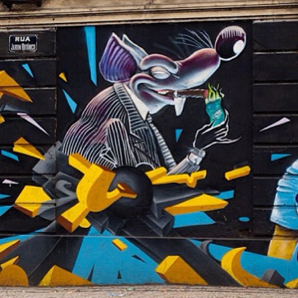 Resistência na esquina do jóquei. Nossa história #verdadeirahistoria #SWOP e #METON é nóis! #graffiti #streetart #artederua #streetartrio