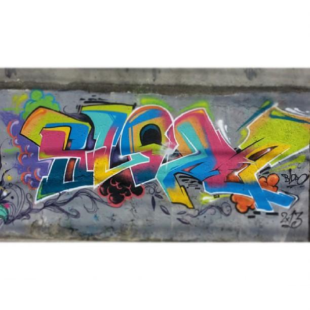 Sun - Com o mestre @viniciusspam no #méier  #Graffiti #GraffitiRJ #GraffitiBrasil #GraffitiArt #Street #StreetArtRio #StreetArt #spray #Rua #Rap #RJ #HipHop #Humildade #RioDeJaneiro #FreeHand #LoveLetters #art #Amor #FreeStyle #Blopa #Spam #sol