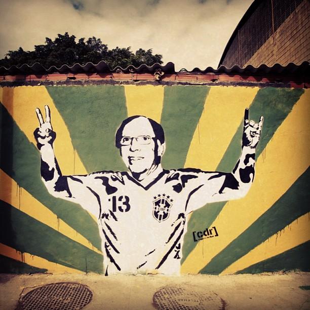 #denne72 #zagalo #grafitefutebolarte #projetocdr #stencil #streetart #streetartrio #rua #riodejaneiro