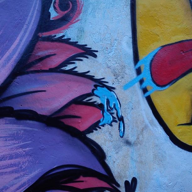 #streetartrio #abelhababona