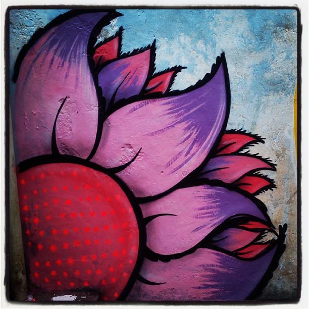 #streetartrio #powerflower #flor