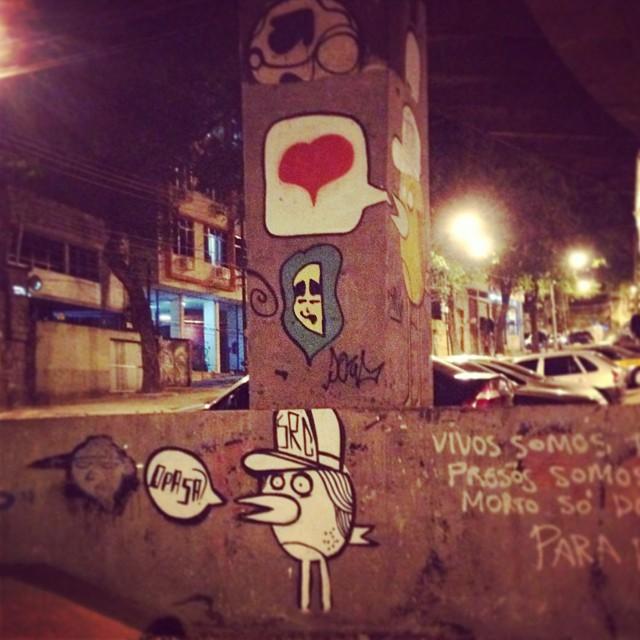 Agora pouco no #riocomprido no viaduto da #paulodefrontin. No fim da lata #mtn94 que resistiu bastante tempo.. #streetartrio #graffit #arteurbana #muros #vandal #riodejaneiro #doug