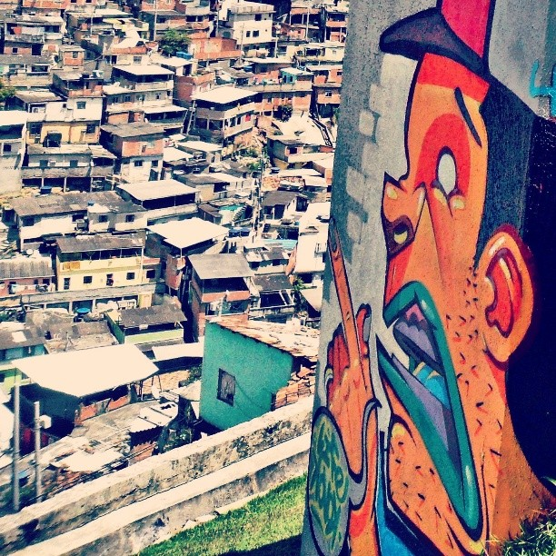Complexo do alemão. #kovokcrew #streetartrio #graffiti