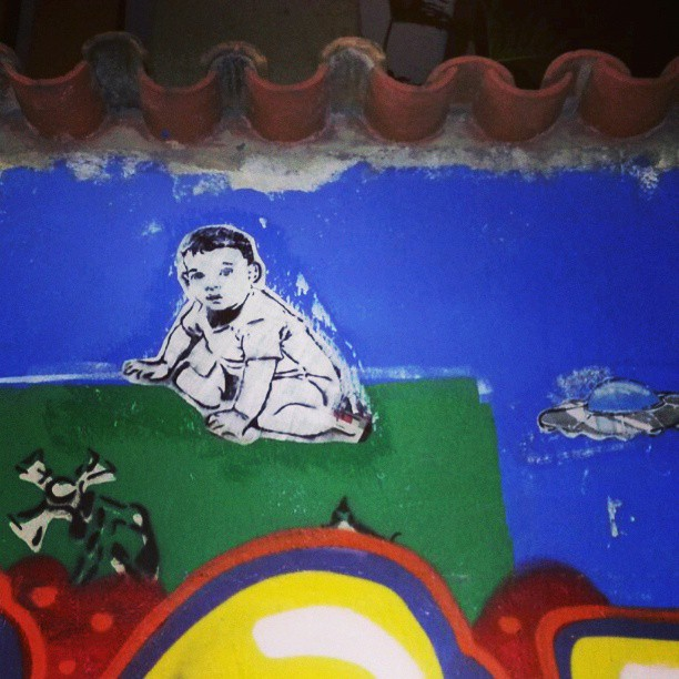 Mais um... #streetartrio #colagem #lambelambe #streetart #stencilart