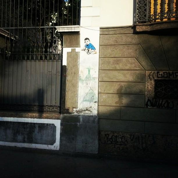 Rua do Catete com Rua Ferreira Viana. #stencilart #streetart #colagem #lambelambe #streetartrio