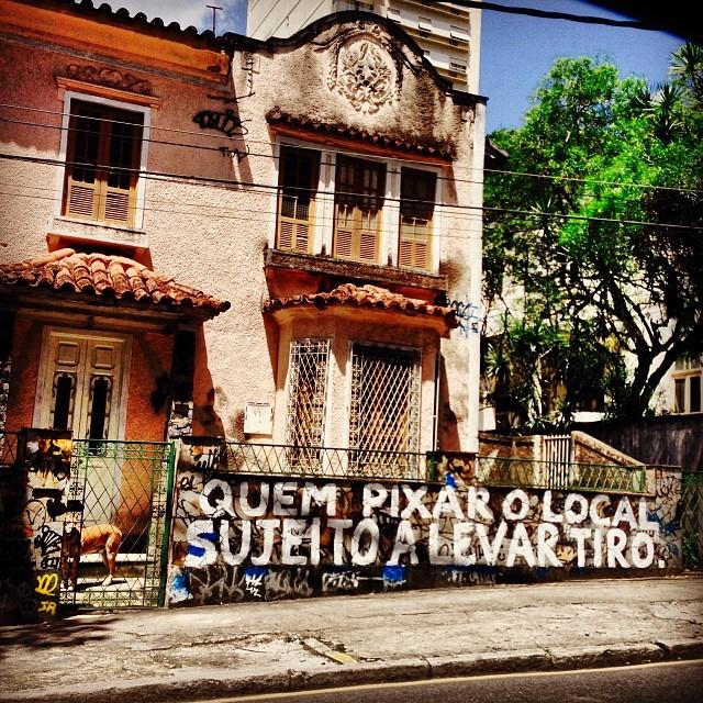 Tá avisado!  #chumbogrosso #instagraffiti #instagrafite #grafite