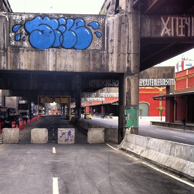 foto de @ArteRuaRio & arte de rua de @stile_rj @joanacesar | #ArteRuaRio