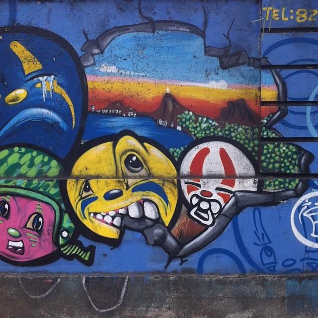 foto de @ArteRuaRio & arte de rua de @warkrocinha | #ArteRuaRio
