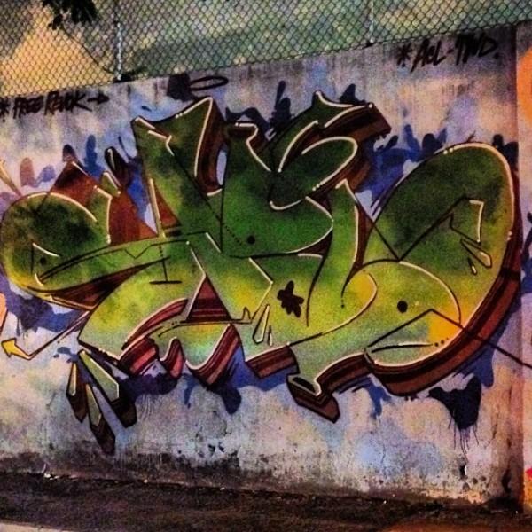 Compartilhado por: @streetartrio em Oct 22, 2013 @ 10:25