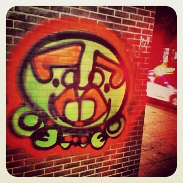 #tijolinho #cops #streetartrio #djonereal @marygirlstyle