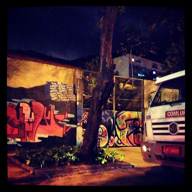 @brfbc #sockppxi #djonereal @marygirlstyle #comlurb #streetartrio