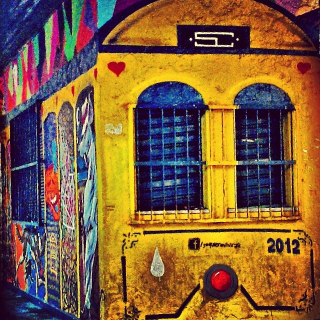 Cadê o bonde? #riodejaneiro #santateresa #streetartrio #carioquissimo #rio_lovers #rioeuamoeucuido #riodejaneiroinstagram