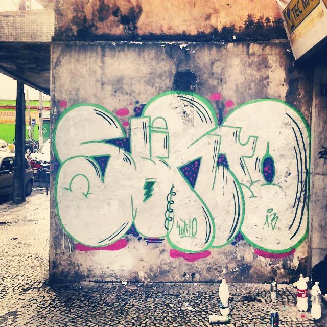 Dominguera. #surto #graffiti #bomb #throwups