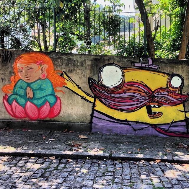 Graffiti de feriado com a Bella Amaral. #streetartrio