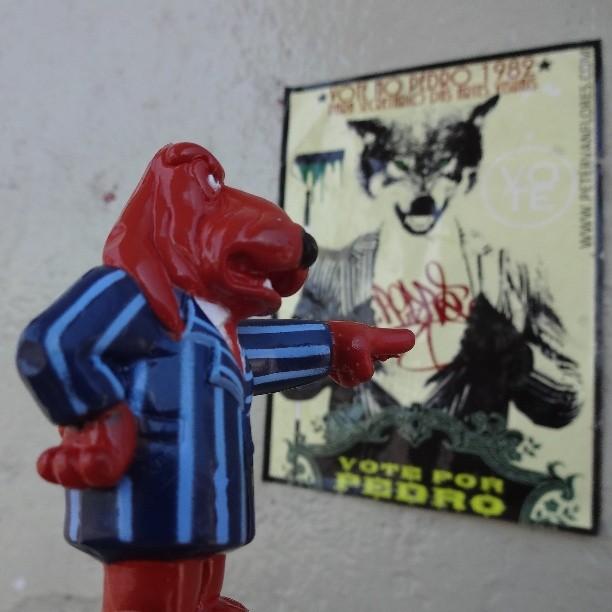 HOPE!!! #tvcolosso #tectoy #petervanflores #wolf #lobo #wheatpaste #pasteup #lambe #lambelambe #coladefarinha #urbanart #streetart #artederua #arteurbana #streetartrio #riostreetart #riodejaneiro