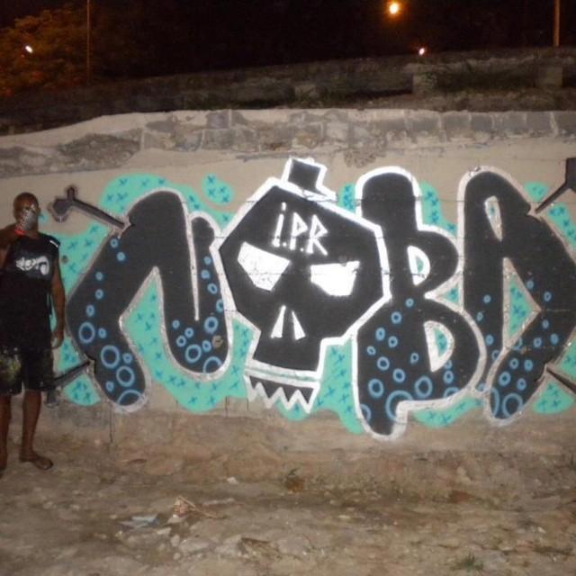 Rolé Noturno #bombgraff #lovebombing #artistasurbanoscrew #ipr #nobã #meulugar #meusrolés #zonanorte #terrorzn #noturno #instagraffiti #graffitirj #bomb