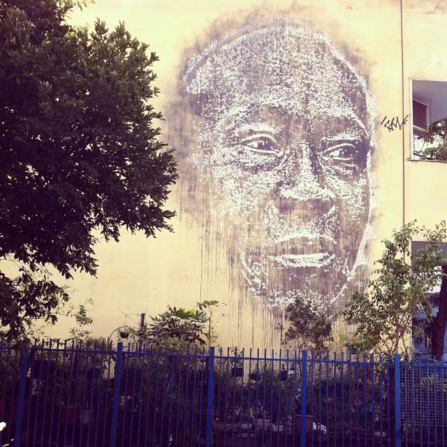 foto de @ArteRuaRio & arte de rua de @vhils | #ArteRuaRio #vhils
