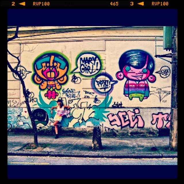#graffiti @idolnoproject #djonereal #sockppxi #marygirl #jockey #jb #streetartrio #streetstyle #idolnostyle #artederua #artespray #artcolective #idolno #colors #neon
