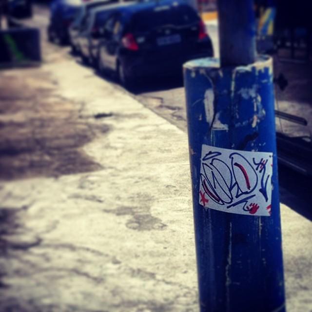 #ogro #street #slaptag #stickers #stickerbomb #rjstickers #rj #rjstreetart #streetartrio #brasilstickers #handstyle #urban #urbanart #artederua #arteurbana #adesivandoasruas #terapia #streetartbrasil #ilovebombing #ilovemarkers #ilovestickers #graffrio #graffiti #tagging #rio40graus