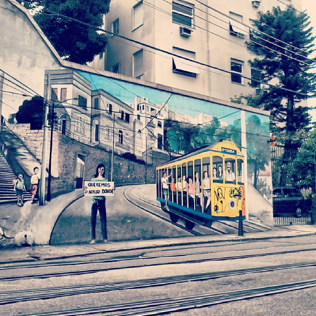 #santateresa #riodejaneiro #rioquevejo #rioetc #rj #bonde #street #streetart #streetartrio #brazil #colorful #colors #jornaloglobo #urban #picoftheday #photooftheday #instagramrio #instago #carioquissimo #carioca #love #nice #all_shots