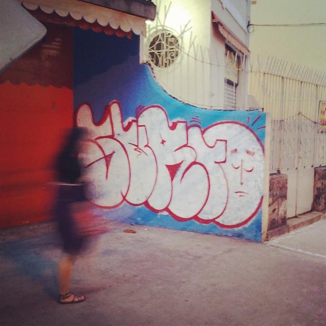 #surto #graffiti #bomb #throwups