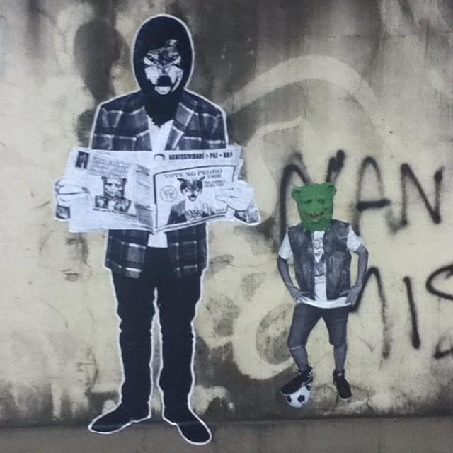 @crummygummy and I chillin at #Gavea #riodejaneiro #Brazil a couple months ago. #voteforpedro #wheatpaste #lambelambe #pasteup #graffiti #grafite #streetartrio #streetartbrazil #streetartbrasil #brasil #lobo #wolf #gummybear #gummybears #rio #petervanflores