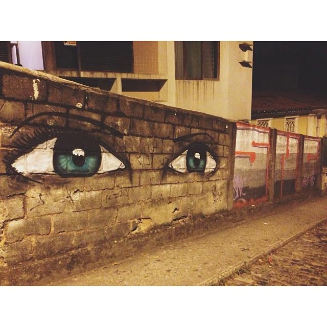 Do lado dos amigos SNC #streetartrio #instagrafite