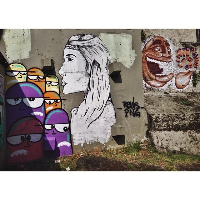 Hoje o dia rendeu! Junto com #Rews • Ponto Final - Cosme Velho #instagrafite #png #streetartrio