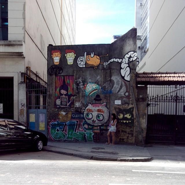 #StreetArtRio Rua do Riachuelo ao lado da folha dirigida