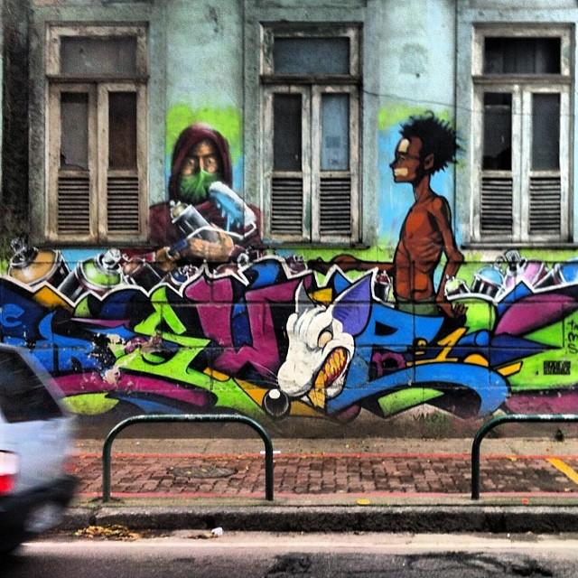 #artpop #artepopular #streetart #streetartist #streetartshots #grafite #grafiteart #grafitebrasil #urbanwalls #sprayart #urbanart #instarepost #ilovesstreetart #rsa_graffiti #rsa_photo_of_the_day
