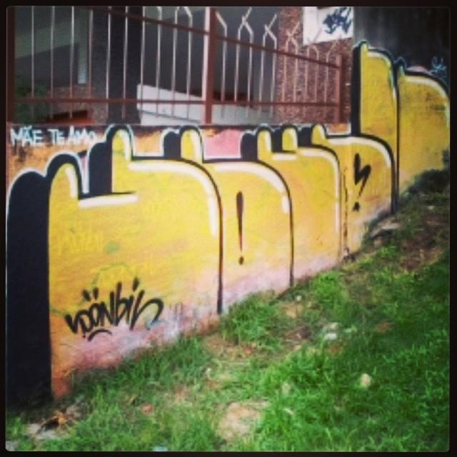 #graffiti #bomb #sonbil #rj #streetartrio #wallrider mae te amo!
