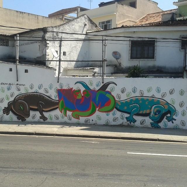 20m de parede Praça da Bandeira #dum #elli #instagrafite #graffiti #montana94 #artederua #arteurbana #graffiticarioca #streetart #streetartrio #arteruario #praçadabandeira