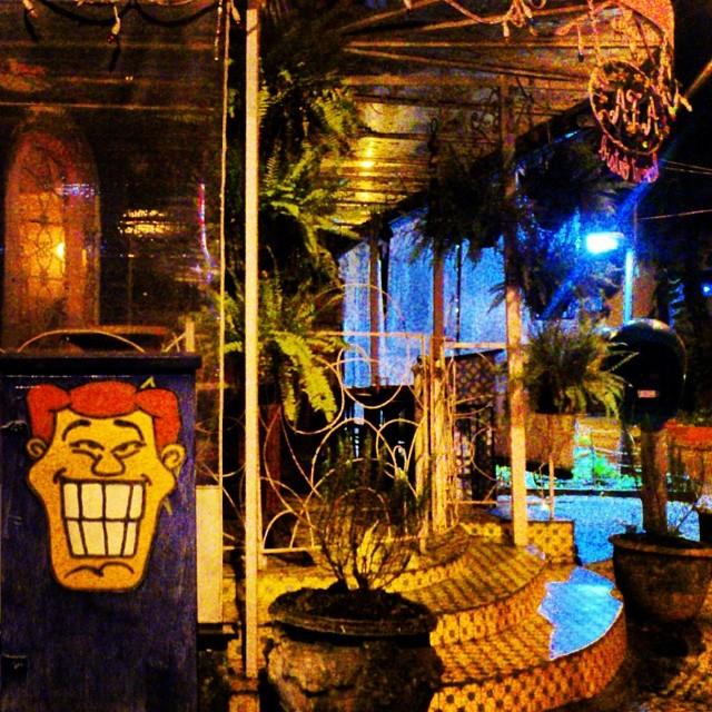 Angatu marcando presença no Zaza Bistrô Tropical em Ipanema! #angatu #hiran #rafaelhiran #streetdesign #streetview #estéticaurbana #streetart #streetartrio #streetartist #streetartbrasil #sticker #lambelambe #rsa_photo_of_the_day #rsa_grafitti #rsa_streetart #street #mobiliáriourbano #zazabistrotrio #zazabistrotropical #zazabistro #zazabistroipanema #helldejaneiro #errejota #riodejaneiro #rioeuteamo #ipanema